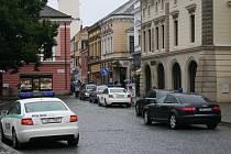 Návštěva ghanského ministra si v centru Uherského Hradiště vyžádala zesílená bezpečnostní opatření.