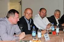 Trenéři, hráči a funkcionáři měli jedinečnou možnost diskutovat s vrcholnými představiteli našeho fotbalu.