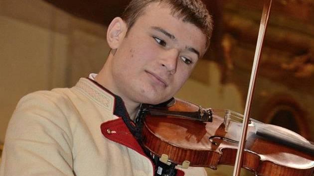 Primáš cimbálové muziky Ohnica Jan Mudrák.