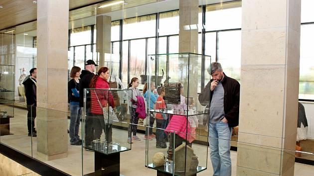 Památník Velké Moravy ve Starém Městě byl vneděli místem setkání Zvídálka sdětmi i dospělými.