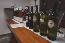 Vůně vína se v sobotu linula zečtrnácti sklípků v Polešovicích.