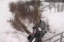 Dopravní nehoda poblíž obce Topolná.