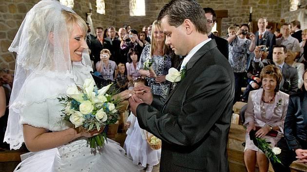 Helena Kubíková a Martin Nevyjel uzavřeli sňatek  právě 1. května