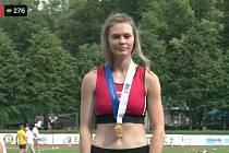 Karolína Mitanová na mistrovství České republiky v Kladně ovládla běh na čtyři sta metrů.