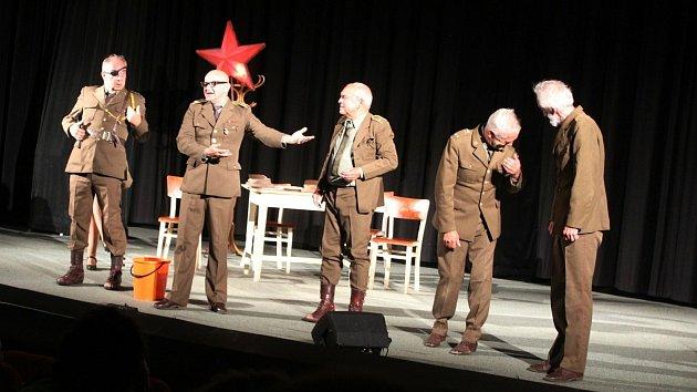 Mlýny divadla Sklep v hradišťském kině Hvězda