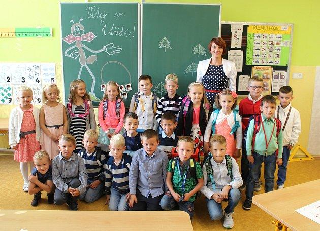 Prvňáci ze ZŠ Sportovní vUherském Hradišti, třída 1.Apaní učitelky Šárky Pagáčové.