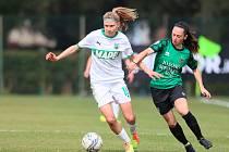 Kamila Dubcová (nalevo) v 15 zápasech uplynulého ročníku ženské Serie A vstřelila 9 branek a na 5 přihrála.