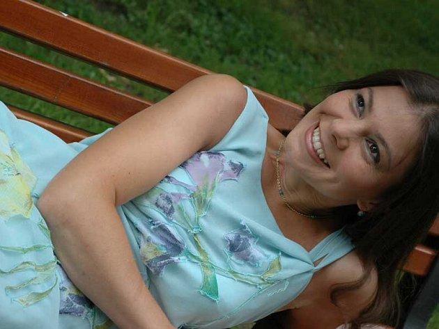 Cimbalistka a zpěvačka Zuzana Zdráhalová - Lapčíková