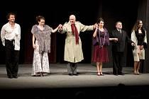 V rámci oslav 70. výročí Slováckého divadla vystoupili členové Činoherního klubu z Prahy.