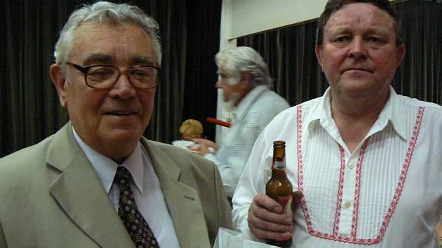Se svým předchůzcem Jaromírem Procházkou na oslavě 50. výročí Olšavy.