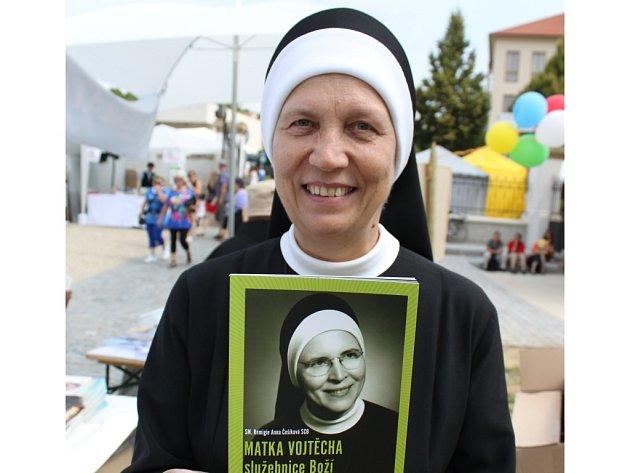 Řeholní sestra Remigie Anna Češíková, pocházející z Boršic u Blatnice.