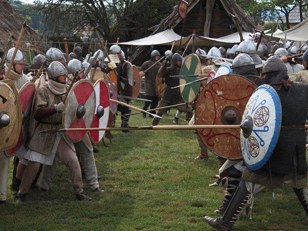 V opevněném hradisku se konají v průběhu roku nejrůznější akce, které lákají k návštěvě nejen dospělé, ale i děti.