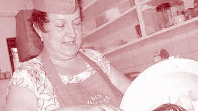 Za barem i v kuchyni je Ivana Karolová ve svém živlu.