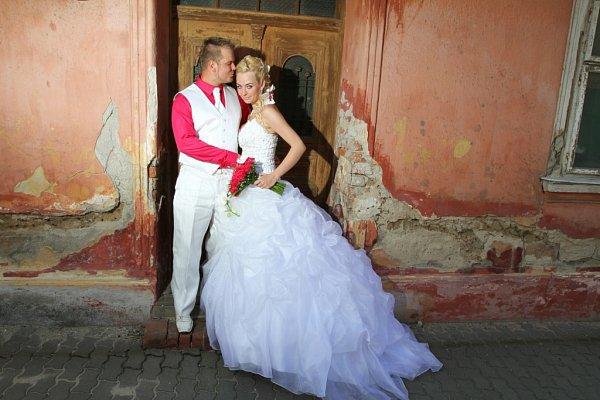 Soutěžní svatební pár číslo 189 - Michaela a Petr Ježkovi, Dolní Němčí.