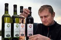 Svatomartinské víno ve vinařství Vaďura v Polešovicích.