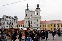 Tradičním místem nejenom vánočních trhů je v Uherském Hradišti Masarykovo náměstí.