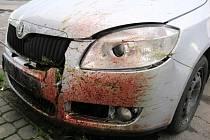 Ke třem srážkám aut se srnami za necelou hodinu došlo ve čtvrtek 12. září na silnicích Slovácka.