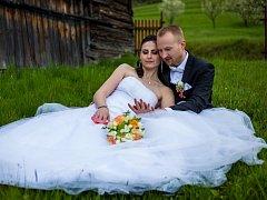 Soutěžní svatební pár číslo 223 - Kristýna a Tomáš Bernátíkovi, Bystřice pod Hostýnem