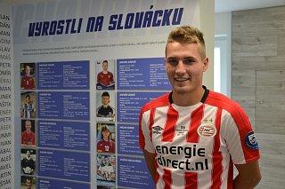 Devatenáctiletý záložník Michal Sadílek si poprvé zahrál nizozemskou ligu.