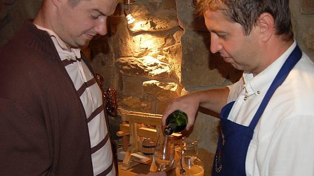 Uskutečnil se první ročník otevřených sklepů v Polešovicích.