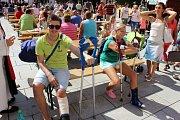 Ani zdravotní problémy neodradily náhodné návštěvníky vastoupení Mikroregionu Ostrožsko na Redutě.