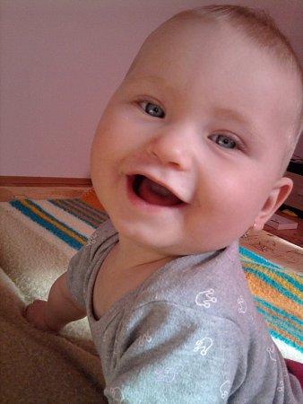 10. VERUNKA. První úsměvy jsou nejkrásnější