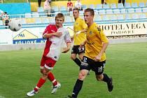 Slovácko v utkání zkoušelo levého obránce Jiřího Fleišmana z Mostu.