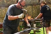 Na Buchlově se konalo tradiční kovářské sympozium.