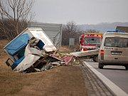 Mladý řidič neměl šanci na přežití.