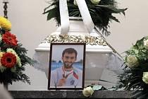 Pohřeb Michala Plocka v obřadní síňi na hřbitově v Uherském Hradišti.