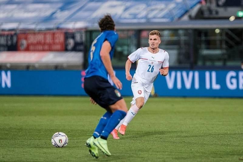 Fotbalista Michal Sadílek navlékl dres národního týmu v přípravném zápase proti Itálii.