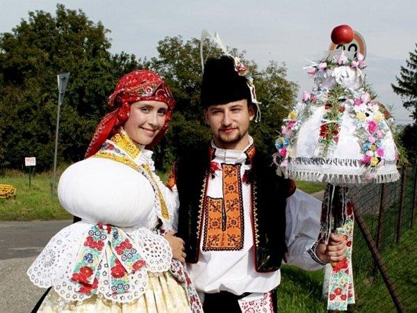 Soutěžní pár číslo 35 –  Veronika Křístková a Martin Žaluda, Sušice, stárci na hodech 30.srpna.
