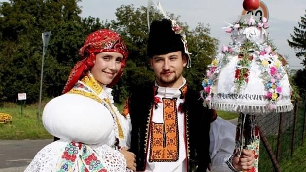 Soutěžní pár číslo 35 –  Veronika Křístková a Martin Žaluda, Sušice, stárci na hodech 30. srpna.