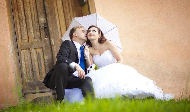 Soutěžní svatební pár číslo 92 - Antonín a Veronika Porubovi, Rožnov pod Radhoštěm.