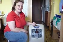 Péči o nové přístroje bude mít na brodské Charitě na starosti vrchní sestra Charitní ošetřovatelské péče Martina Marečková.