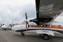 Společnost Aircraft Industries představila model letounu L 410, který za několik dní odletí ke svému majiteli do Nepálu. Tento letoun právě v těchto dnech slaví své 45. výročí provozu.