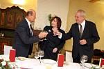 První den návštěvy Zlínského kraje ukončil prezident Miloš Zeman v penzionu Malovaný v Osvětimanech.