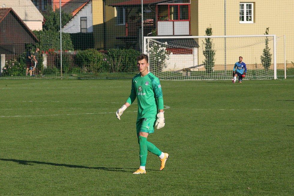 Osmnáctiletý brankář Slovácka Jiří Borek  má za sebou nadmíru povedený půlrok.