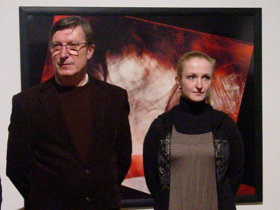 František a Lucie Chrástkovi na vernisáži v Galerii Slováckého muzea.