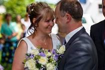 Soutěžní svatební pár číslo 197 - Renata a Lukáš Kavanovi, Mikulovice u Jeseníku