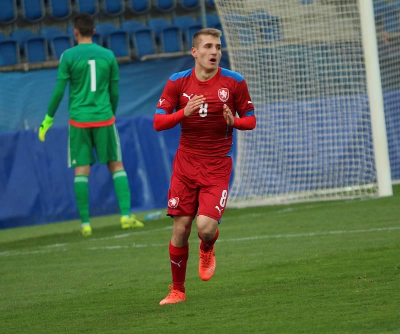 Odchovanec Slovácka a hráč PSV Eindhoven Michal Sadílek patřil v kvalifikačním zápase U21 proti Litvě k nejlepším hráčům.