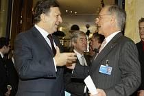Jose Manuel Barroso (vlevo).