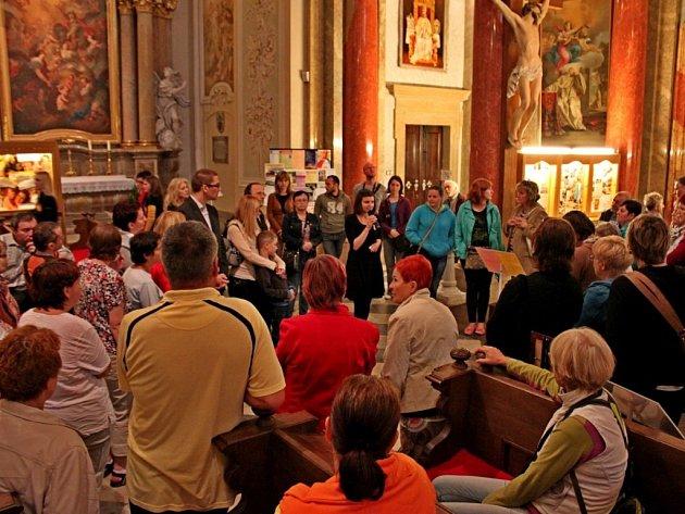 Velehradská bazilika se otevřela veřejnosti o páteční noci