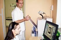 Digitalizovaný rentgen do dnešních dnů využilo na sedmdesát tisíc pacientů.