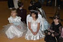 Princezničky pozorně sledovaly průběh soutěží.