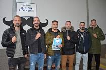 Fotbalisté Slovácka se připojili k celosvětové akci Movember, která je zaměřená na boj proti rakovině varlat a prostaty. Foto: 1. FC Slovácko