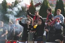 Fotbalisté Uherského Brodu (červené dresy) doma v sobotu přivítali juniorku Fastavu Zlín.