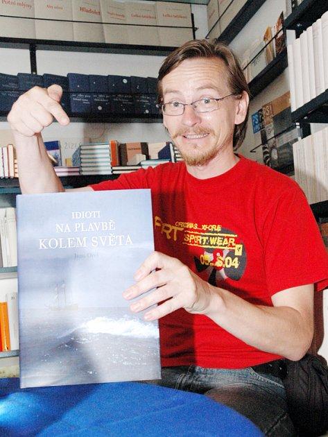 Pro autora Ivana Orla bylo vydání publikace  malým dobrodružstvím.