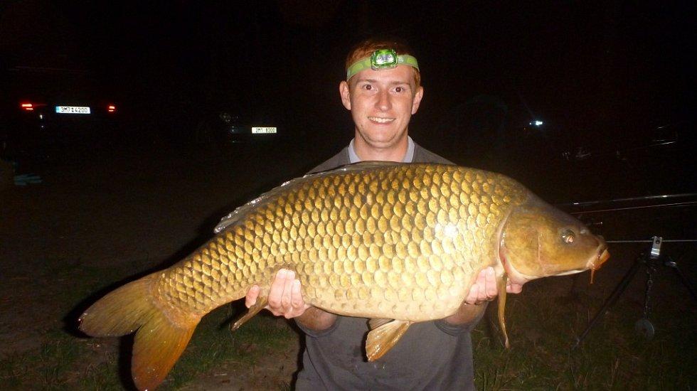Soutěžní číslo 124 - David Arnošt, kapr, 88 cm a 12,9 kg.