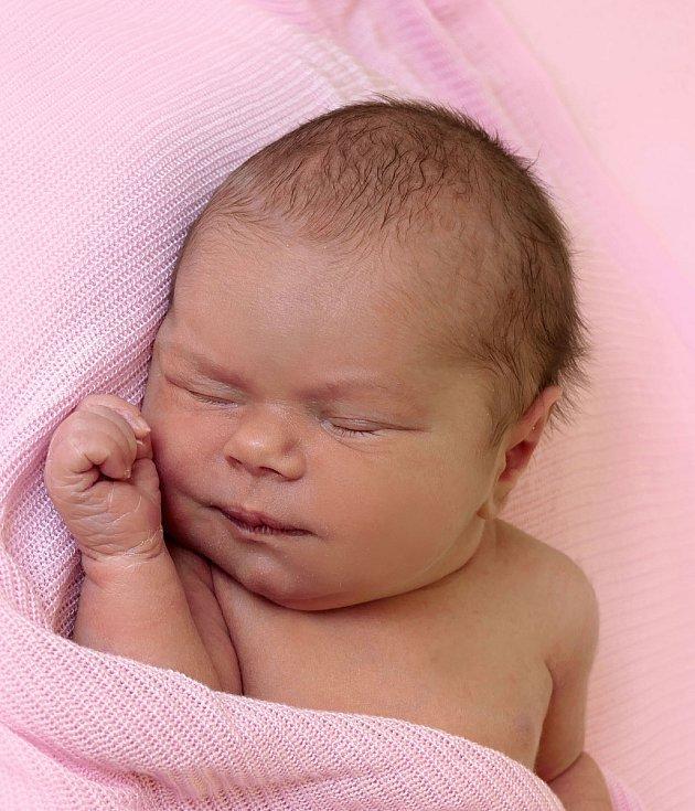 Emma Horňáková, Veselí nad Moravou, narozena 28. července 2021 v Uherském Hradišti, míra  49 cm, váha 3220 g